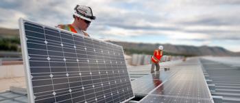 Welke branches zijn er duurzame installatiebedrijven voor zonnepanelen